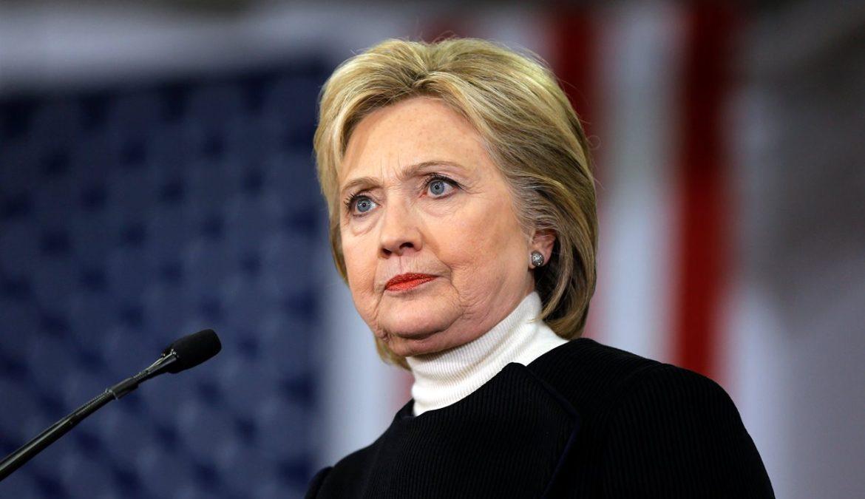 Hillary chi? Quella che non ne  sapeva niente, come dice?