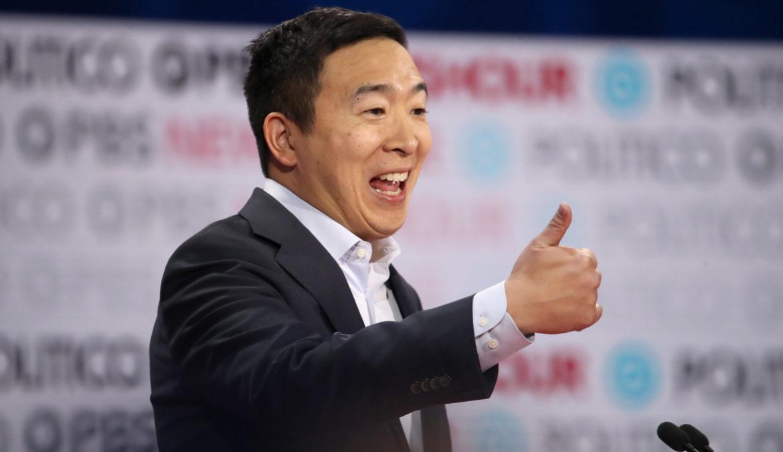 Andrew Yang qualificato e appoggiato